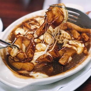 Traditional Poutine